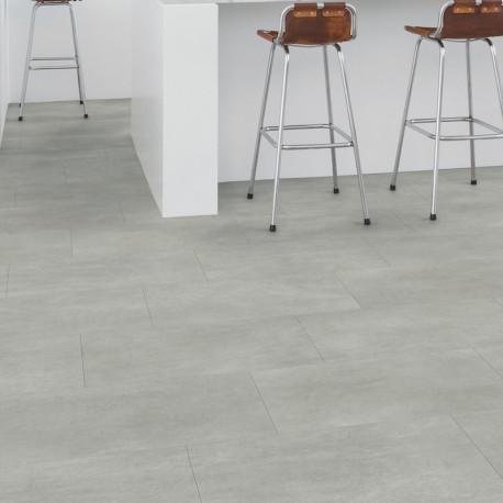 """Lame PVC clipsable """"Béton gris chaleureux AMCL40050"""" - Livyn Ambient Click QUICK STEP (résistant)"""